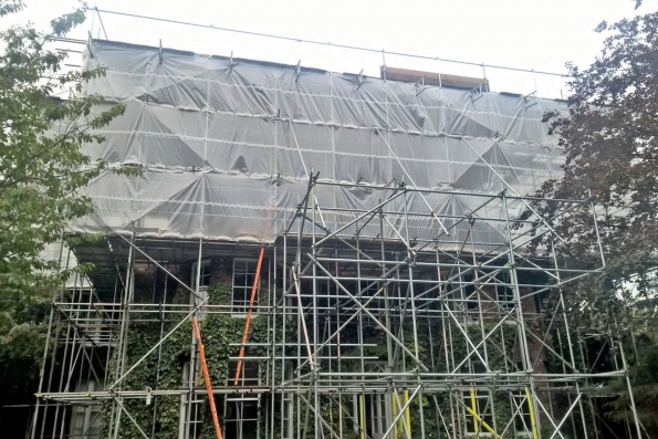 weather protective scaffolding