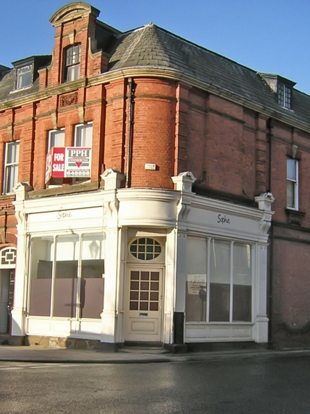 Structural survey to large traditional office & retail premises in North Yorkshire